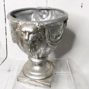 Dept.56 Silver Lions Head Ceramic Planter•…